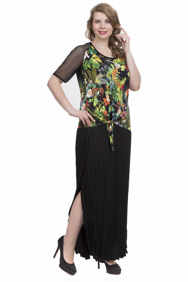 Блузa SteilmannБлузы<br>Блуза имеет разноцветный принт. Состав ткани 6% эластана и 94% вискозы. Ткань эластична и прекрасно облегает фигуру. Модель дополнена круглым воротом и короткими рукавами - реглан, выполненные из сетчатого черного материала. Блузу украшает оригинальный узел, выполненный на переднем полотне в нижней части. Разноцветный принт поможет составить образ, который всегда вам создаст позитивное настроение.