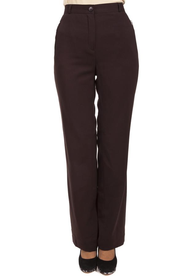 Брюки PezzoБрюки<br>Женственные темно-коричневые брюки Pezzo классического кроя. Изделие дополнено: классическими стрелками, боковыми карманами на молнии, одним прорезным карманом и шлевками для ремня. Брюки застегиваются на молнию и фиксируются на пуговицу.<br><br>Размер RU: 44<br>Пол: Женский<br>Возраст: Взрослый<br>Материал: полиэстер 63%, вискоза 34%, спандекс 3%<br>Цвет: Коричневый