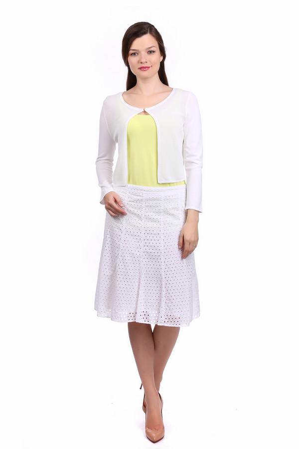 Юбка ApanageЮбки<br>Юбка Apanage белая. Эта юбка стильная и изящная, гарантирует вам комфорт и восхищенные взгляды окружающих. Хотите, чтобы вам оборачивались вслед? Тогда данное изделие создано специально для вас. Ажурный рисунок делает юбку еще женственнее и соблазнительнее. Состав: 100% хлопок, а что может быть лучше для лета?<br><br>Размер RU: 48<br>Пол: Женский<br>Возраст: Взрослый<br>Материал: хлопок 100%<br>Цвет: Белый