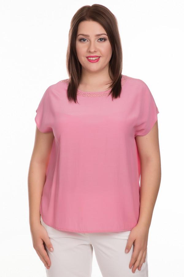 Блузa ApanageБлузы<br>Блуза Apanage розовая. Приятный глазу оттенок порадует вас и окружающих. Ажурные вставки на рукавах и вокруг выреза горловины великолепно дополняют лаконичный крой этой модели. Состав: 100%-ная вискоза. Волшебная и очень женственная вещь! Розовый цвет всегда вне конкуренции, яркий и сочный, он отлично дополнит прочие оттенки в вашем гардеробе.<br><br>Размер RU: 50<br>Пол: Женский<br>Возраст: Взрослый<br>Материал: вискоза 100%<br>Цвет: Розовый
