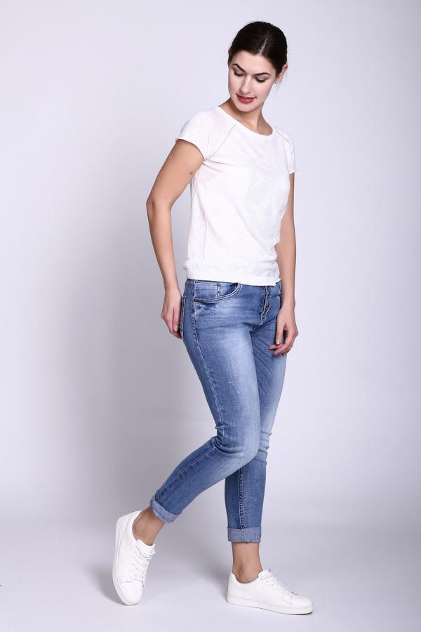 Модные джинсы GOOCECМодные джинсы<br><br><br>Размер RU: 44<br>Пол: Женский<br>Возраст: Взрослый<br>Материал: эластан 3%, хлопок 97%<br>Цвет: Синий
