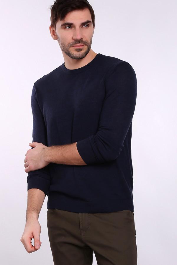 Джемпер Just ValeriДжемперы и Пуловеры<br>Джемпер Just Valeri темно-синего оттенка. Округлый вырез горловины отлично смотрится на мужчине. Это в одно и то же время стильно и мужественно. Элегантный и при этом предельно простой крой этой модели придется по душе ценителям актуальных вещей. Без такого джемпера в гардеробе можно обойтись, но, приобретая его, вы выигрываете неизмеримо больше. Состав: 100%-ная шерсть.<br><br>Размер RU: 56<br>Пол: Мужской<br>Возраст: Взрослый<br>Материал: шерсть 100%<br>Цвет: Синий