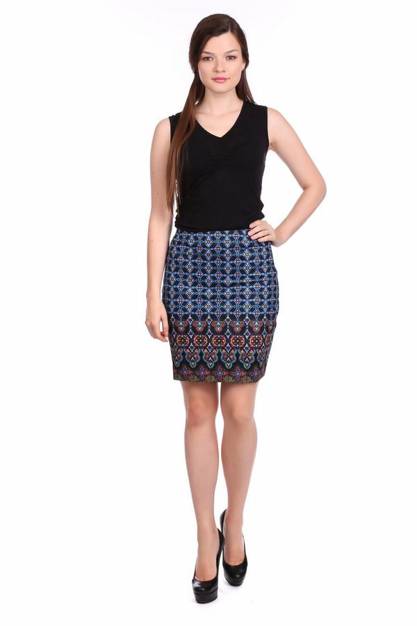 Юбка PezzoЮбки<br>Юбка Pezzo разноцветная. Черный, зеленый, синий, сиреневый – многообразие цветов и оттенков на этом изделии поможет вам комбинировать эту вещь с прочими в вашем гардеробе. Фантазийный рисунок по всему полотну модели не позволит вам оставаться незамеченной, если ваш выбор пал на эту юбку. Длина выше колена открывает красивые ножки своей обладательницы. Состав: полиэстер, спандекс.<br><br>Размер RU: 40<br>Пол: Женский<br>Возраст: Взрослый<br>Материал: полиэстер 95%, спандекс 5%, Состав_подкладка полиэстер 97%, Состав_подкладка спандекс 3%<br>Цвет: Разноцветный