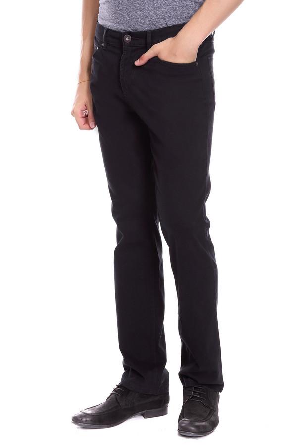 Брюки PezzoБрюки<br>Джинсовые брюки Pezzo черного цвета. Строгие брюки прямого силуэта – это удобство и комфорт, стиль и простота. Функциональные карманы спереди и сзади очень нравятся мужчинам – эти брюки также ими снабжены. Состав: эластан, хлопок. Отличная модель для работы и отдыха. Демисезонное изделие, которое будет уместным в самых разных ансамблях.<br><br>Размер RU: 48<br>Пол: Мужской<br>Возраст: Взрослый<br>Материал: хлопок 98%, эластан 2%<br>Цвет: Чёрный