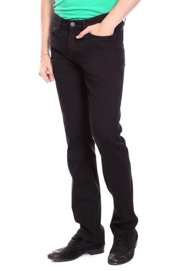 Джинсы PezzoДжинсы<br>Джинсы Pezzo мужские. Четкая и лаконичная мода для мужчин предпочитает практичность и удобство. Эти джинсовые брюк вполне отвечают заданным критериям. Классический черный цвет делает предлагаемую модель универсальной. Состав: эластан, полиэстер, хлопок. Носить их вы сможете круглогодично, сочетая с разным верхом.<br><br>Размер RU: 52К<br>Пол: Мужской<br>Возраст: Взрослый<br>Материал: хлопок 78%, эластан 1%, вискоза 19%<br>Цвет: Чёрный