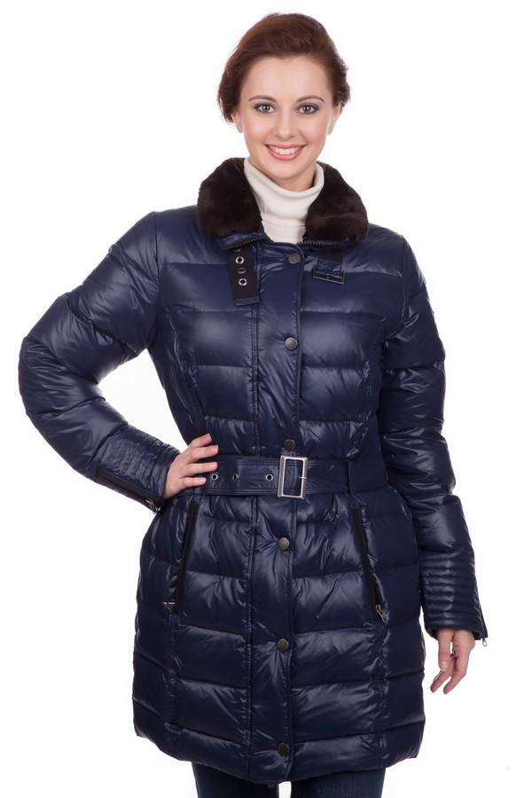 Пальто ArqueonautasПальто<br>Пальто Arqueonautas темно-синее. Простеганная модель темного цвета с воротником, отделанным мехом и снабженным пряжкой. Что может быть практичнее и комфортнее для зимы? Это пальто на поясе с вертикальными карманами и двойной застежкой необычайно функционально. Состав: 100%-ный полиамид. Для холодов лучшего изделия вам не сыскать. Любые аксессуары отлично дополнят ваш восхитительный образ.<br><br>Размер RU: 44-46<br>Пол: Женский<br>Возраст: Взрослый<br>Материал: полиамид 100%<br>Цвет: Синий