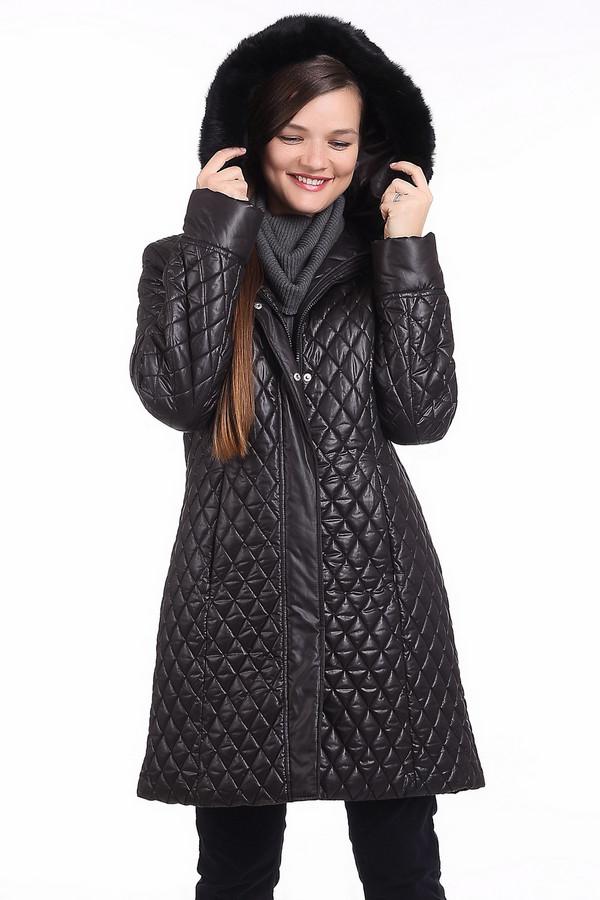 Пальто PezzoПальто<br>Cтеганое пальто черного оттенка Pezzo c капюшоном и отстегивающейся меховой опушкой. Изделие застегивается на центральную молнию и ветрозащитный клапан на кнопках. Модель дополнено двумя боковыми карманами на скрытой молнии. Рукава куртки с отворотом для регулировки длины. Винные оттенки в наступающем осеннем сезоне вне конкуренции и без сомнения это пальто найдет место в вашем гардеробе.В качестве подкладки и утеплителя использован легкий и теплый материал 100% полиэстер.<br><br>Размер RU: 50<br>Пол: Женский<br>Возраст: Взрослый<br>Материал: полиэстер 100%<br>Цвет: Чёрный