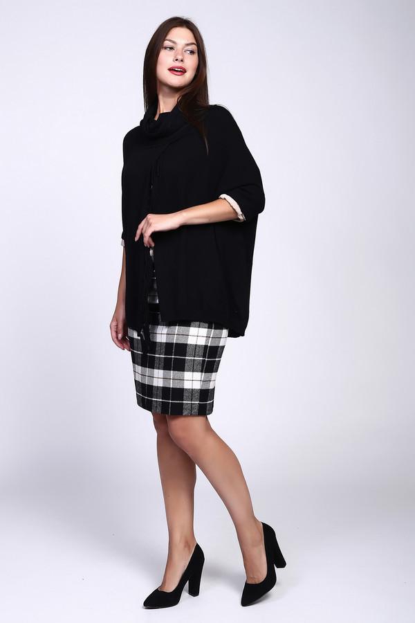 Пуловер PezzoПуловеры<br>Пуловер классического черного цвета от бренда Pezzo. Эта волшебная модель уж точно не останется незамеченной, где бы вы ни находились. Свободный непринужденный силуэт и бахрома напоминают пончо, а широкий свободный ворот не сковывает движений, в то же время даря ощущение уюта и комфорт. Укороченный рукав выглядит в такой компании особенно элегантно и мило. Состав: вискоза и полиамид.