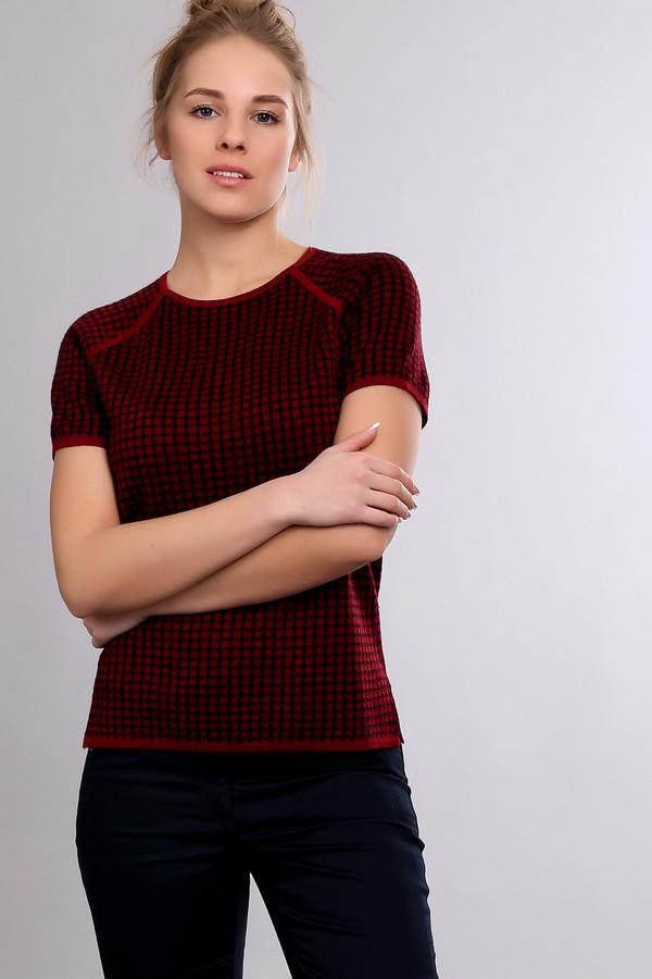 Пуловер Just ValeriПуловеры<br>Пуловер Just Valeri женский бордово -черный . Модный изысканный пуловер с коротким рукавом обязательно привлечёт ваше внимание. Сочетание бордово-черного рисунка и отделка горловины и рукавов реглан бордовым цветом смотрится очень гармонично. Модель выполнена из натуральной и искусственной пряжи, поэтому она довольно практична в носке. Состав: шерсть, акрил.<br><br>Размер RU: 52<br>Пол: Женский<br>Возраст: Взрослый<br>Материал: шерсть 50%, акрил 50%<br>Цвет: Чёрный