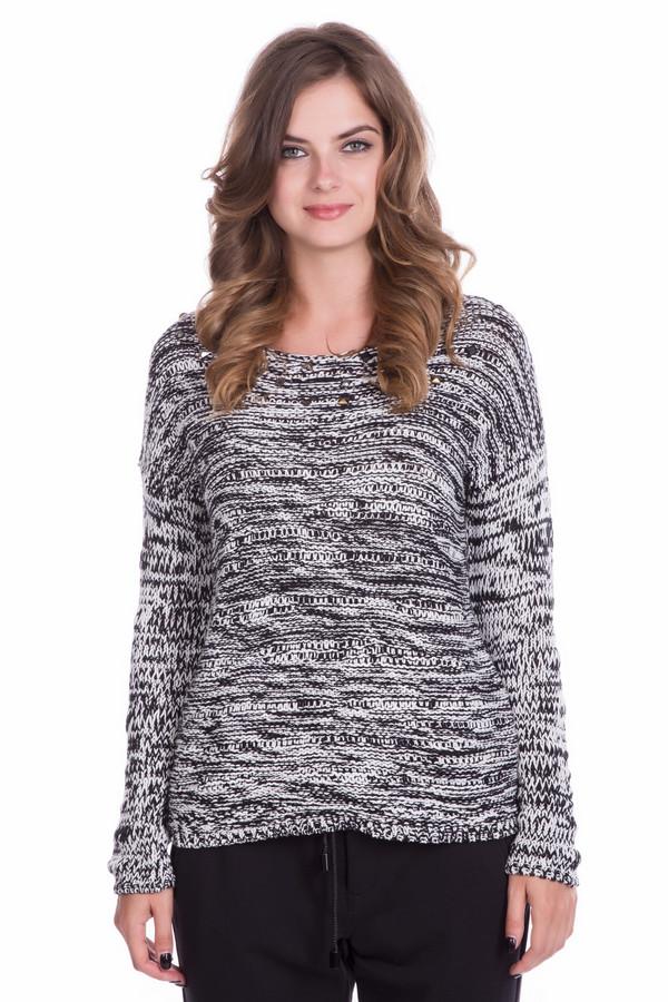 Пуловер Betty BarclayПуловеры<br>Пуловер Betty Barclay женский чёрно-белый. Пуловер прямого силуэта со спущенным рукавом и необычной вязкой (вытянутые петли на изнаночной глади) смотрится очень оригинально. Изюминка этой модели – переплетение нитей чёрного и белого цветов. Благодаря этому создаётся очень интересное сочетание. Такой пуловер придаст вашему образу неповторимость и стильность. Состав: полиакрил, хлопок.<br><br>Размер RU: 48<br>Пол: Женский<br>Возраст: Взрослый<br>Материал: хлопок 50%, полиакрил 50%<br>Цвет: Белый