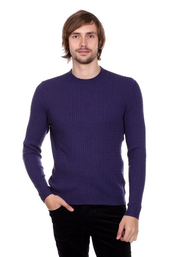 Джемпер PezzoДжемперы и Пуловеры<br>Мужской джемпер от бренда Pezzo фиолетового оттенка. У этого цвета так много волшебных оттенков! Данный джемпер выполнен в одном из них. Состав: шерсть, вискоза, полиамид. Тоненькие вертикальные косички визуально стройнят, делая вас к тому же выше. Необходимая вещь в мужском гардеробе..
