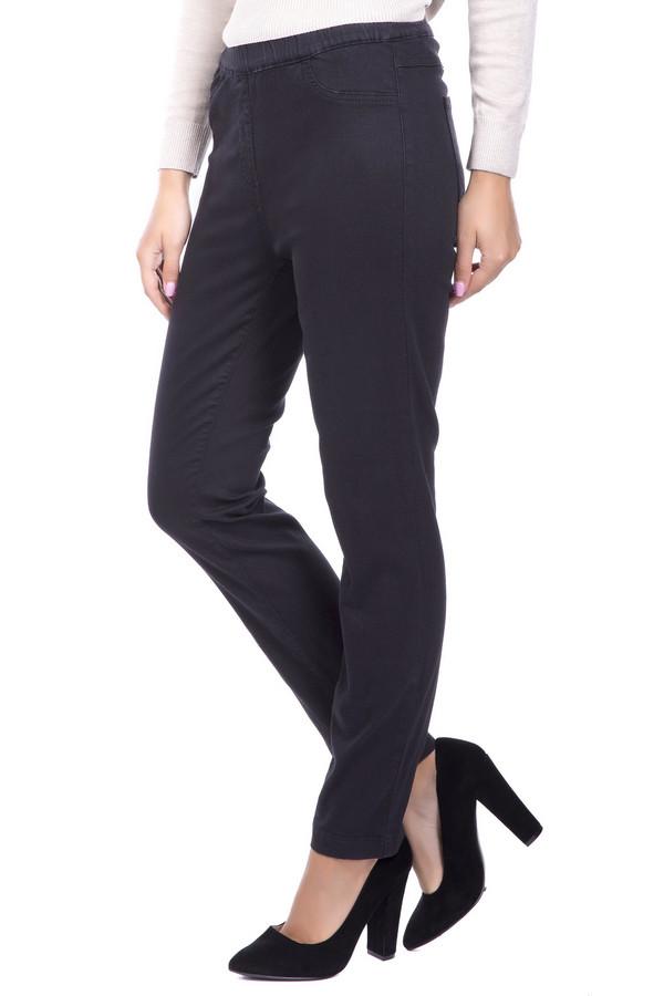 Джинсы Betty BarclayДжинсы<br>Супер удобные джинсы на резинке станут неотъемлемой частью вашего гардероба! Демисезонные эластичные джинсы отлично подойдут для осенней прохлады. Высокая посадка и отсутствие молнии обеспечат комфорт в ношении, черный цвет делает их практичными, прямой покрой - комбинаторными. Под каблук или спортивные туфли, под длинный пуловер или короткую куртку это изделие будет смотреться одинаково эффектно. Состав: 4% эластан, 31% полиэстер, 65% хлопок. Страна производитель Турция.<br><br>Размер RU: 44<br>Пол: Женский<br>Возраст: Взрослый<br>Материал: эластан 4%, хлопок 65%, полиэстер 31%<br>Цвет: Чёрный