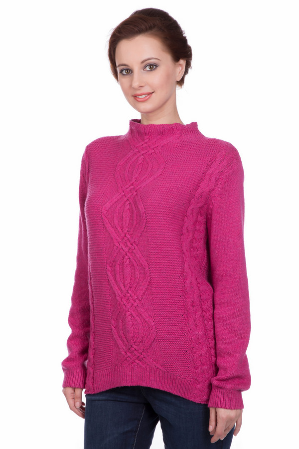 Пуловер PezzoПуловеры<br>Пуловер Pezzo розовый. Действительно шикарная вещь, которая полюбится вам с самого первого взгляда! Сочетание самых разных фантазийных кос невольно притягивает к себе взоры. Обратите внимание на миниатюрный воротничок-стоечку, который служит продолжением лифа. Особого упоминания заслуживает отделка спинки изделия: вырез в центре нее и креативные полоски не дадут вам остаться незамеченной.<br><br>Размер RU: 50<br>Пол: Женский<br>Возраст: Взрослый<br>Материал: полиамид 45%, хлопок 50%, шерсть 5%<br>Цвет: Розовый