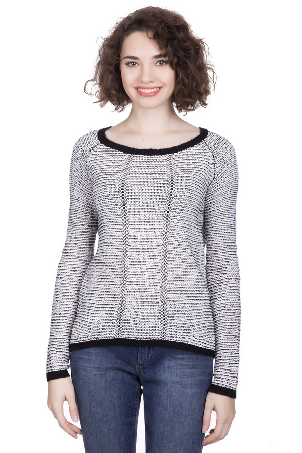 Пуловер QSПуловеры<br><br><br>Размер RU: 44-46<br>Пол: Женский<br>Возраст: Взрослый<br>Материал: полиэстер 2%, полиакрил 47%, хлопок 51%<br>Цвет: Чёрный