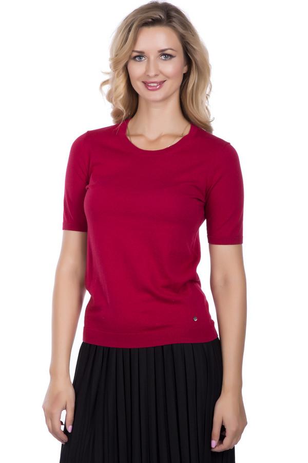 Пуловер BraxПуловеры<br>Кашемировый яркий женский пуловер можно носить как в теплую, так и прохладную погоду под курточку или пиджак. Демисезонный пуловер с коротким рукавом на манжете, круглым вырезом. Низ изделия заканчивается аккуратным манжетом и кокетливой серебряной пуговкой слева. Мягкий пуловер красного цвета станет ранней незаменимой вещью в вашем гардеробе. Состав: 90% хлопок, 10% кашемир.<br><br>Размер RU: 44<br>Пол: Женский<br>Возраст: Взрослый<br>Материал: кашемир 10%, хлопок 90%<br>Цвет: Красный