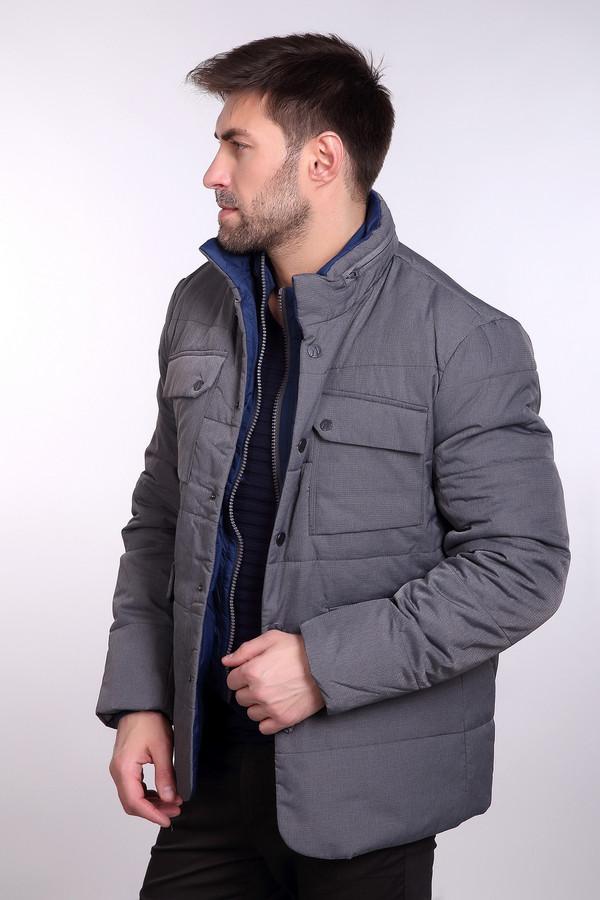 Куртка Just ValeriКуртки<br>Куртка Just Valeri мужская серая. Демисезонная серая куртка с воротником стойкой и накладными карманами подчеркнёт индивидуальность и стиль мужчины. Ведь представители сильного пола хотят, чтобы вещь была модной, красивой и, конечно, практичной. Данная модель отвечает всем этим требованиям. Куртка имеет двойную застёжку: молнию и заклёпки, а также у неё есть капюшон. Состав: полиэстер<br><br>Размер RU: 50<br>Пол: Мужской<br>Возраст: Взрослый<br>Материал: полиэстер 100%, Состав_наполнитель полиэстер 100%, Состав_подкладка нейлон 100%<br>Цвет: Серый