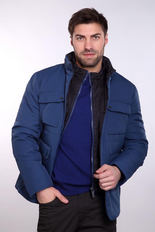 Куртка Just ValeriКуртки<br>Куртка Just Valeri мужская синяя. Демисезонная синяя куртка с воротником стойкой и накладными карманами подчеркнёт индивидуальность и стиль мужчины. Ведь представители сильного пола хотят, чтобы вещь была модной, красивой и, конечно, практичной. Данная модель отвечает всем этим требованиям. Куртка имеет двойную застёжку: молнию и заклёпки, а также у неё есть капюшон. Состав: полиэстер<br><br>Размер RU: 56<br>Пол: Мужской<br>Возраст: Взрослый<br>Материал: полиэстер 100%, Состав_наполнитель полиэстер 100%, Состав_подкладка нейлон 100%<br>Цвет: Синий