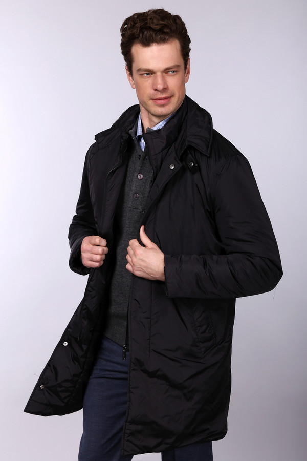 Пальто Just ValeriПальто<br>Пальто Just Valeri классического черного оттенка. Двойная застежка – молния плюс кнопки – оптимальное решение для вашего комфорта в холодные дни. Эта демисезонная вещь, несомненно, придется очень кстати, если вы цените практичный дизайн и лаконичный крой. Великолепная модель на каждый день, которую вы сможете носить как на работу, так и на прогулку. Состав: нейлон и полиэстер.<br><br>Размер RU: 48<br>Пол: Мужской<br>Возраст: Взрослый<br>Материал: нейлон 100%, Состав_наполнитель полиэстер 100%, Состав_подкладка нейлон 100%<br>Цвет: Чёрный