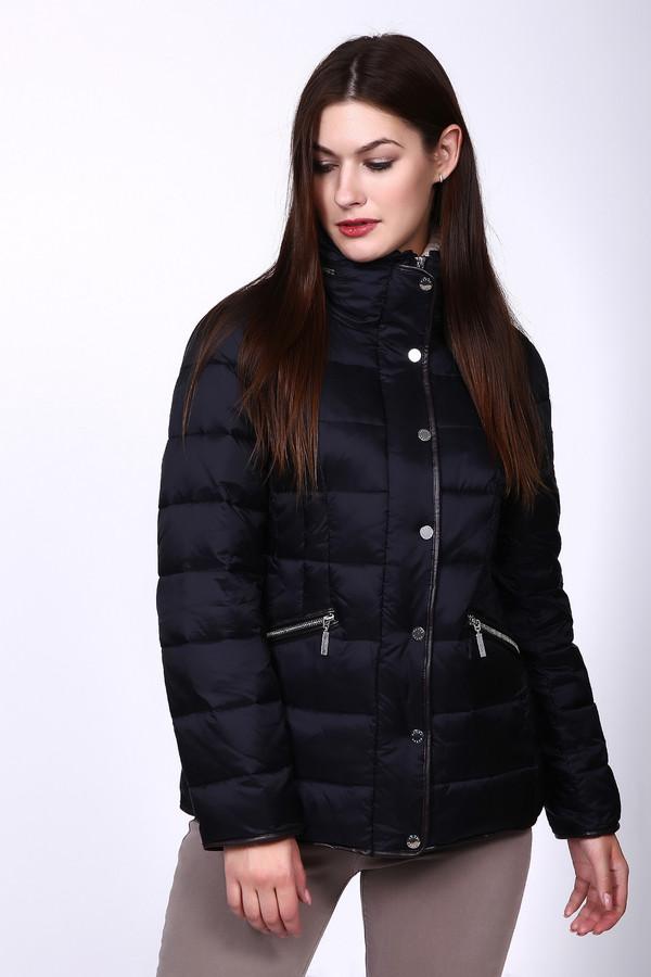 Куртка PezzoКуртки<br>Куртка Pezzo черного оттенка. Классический оттенок этой куртки к тому же очень функционален – ее ткань немаркая, она позволяет не обращаться к услугам химчистки слишком уж часто. Застежка на молнии и кнопки, а также диагональные карманы по бокам куртки – это очень удобно. С такой вещью вы будете чувствовать себя на высоте изо дня в день. Состав: нейлон и полиэстер.<br><br>Размер RU: 54<br>Пол: Женский<br>Возраст: Взрослый<br>Материал: нейлон 100%, Состав_подкладка полиэстер 100%, Состав_наполнитель полиэстер 100%<br>Цвет: Чёрный