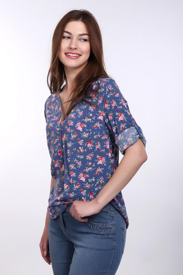 Блузa PezzoБлузы<br>Блузa Pezzo женская в синих, розовых, зелёных тонах. Очень эффектная лёгкая блуза с цветным принтом. Красивая V –образная горловина отделана планкой с маленькими изящными пуговичками. Свободный крой и рукав 3/4 придают этой модели своеобразный шарм и неординарность. Такая блуза прекрасно смотрится с тёмной юбкой «годе» и обувью на высоком каблуке. Состав: 100% район.<br><br>Размер RU: 52<br>Пол: Женский<br>Возраст: Взрослый<br>Материал: район 100%<br>Цвет: Разноцветный