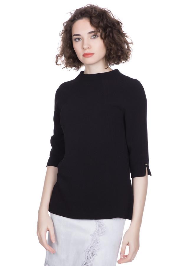 Блузa PezzoБлузы<br>Блузa Pezzo классического черного оттенка. Элегантная блуза подойдёт любой женщине. Рукав «реглан» длиной чуть ниже локтя с маленькими разрезами на манжете и молния по всей длине спинки служат украшением данной модели. Очень эффектно такая блуза смотрится с светлыми брюками или джинсами. Демисезонная вещь. Состав: полиэстер, спандекс.<br><br>Размер RU: 52<br>Пол: Женский<br>Возраст: Взрослый<br>Материал: полиэстер 92%, спандекс 8%<br>Цвет: Чёрный