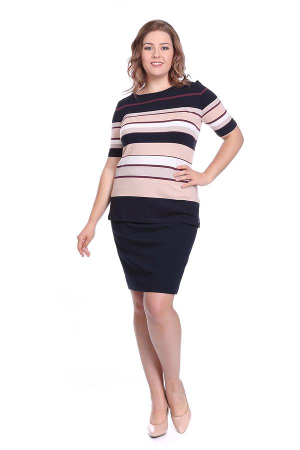 Футболка Betty BarclayФутболки<br>Женская летняя футболка красивого модного дизайна будет уместна, как для делового стиля, так и для ежедневного променада. У футболки круглый вырез и короткий рукав, что позволит ее надеть и осенью под пиджак или куртку. Футболка с синими, белыми, бордовыми, розовыми полосками. Полоски разной ширины: широкие, средние, узкие, придают дополнительный шарм этому изделию. Эластичная вискоза, из которой пошита футболка, обеспечит комфортную посадку.<br><br>Размер RU: 50<br>Пол: Женский<br>Возраст: Взрослый<br>Материал: эластан 5%, вискоза 95%<br>Цвет: Разноцветный