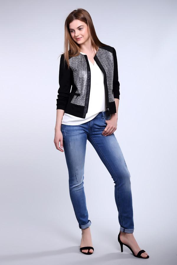 Модные джинсы Boss OrangeМодные джинсы<br><br><br>Размер RU: 46(L34)<br>Пол: Женский<br>Возраст: Взрослый<br>Материал: см. на вшивном ярлыке 0%<br>Цвет: Синий