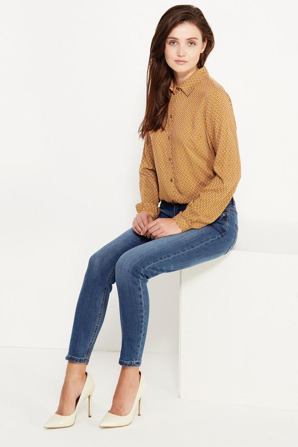 Модные джинсы FINN FLAREМодные джинсы<br><br><br>Размер RU: 46<br>Пол: Женский<br>Возраст: Взрослый<br>Материал: эластан 2%, хлопок 98%<br>Цвет: Голубой