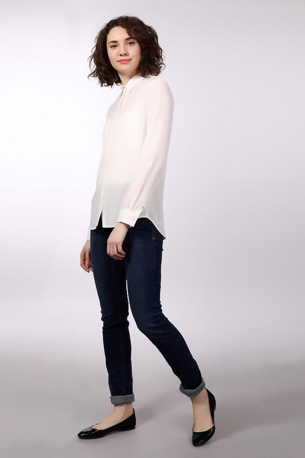 Классические джинсы s.OliverКлассические джинсы<br><br><br>Размер RU: 42(L34)<br>Пол: Женский<br>Возраст: Взрослый<br>Материал: хлопок 98%, эластан 2%<br>Цвет: Синий