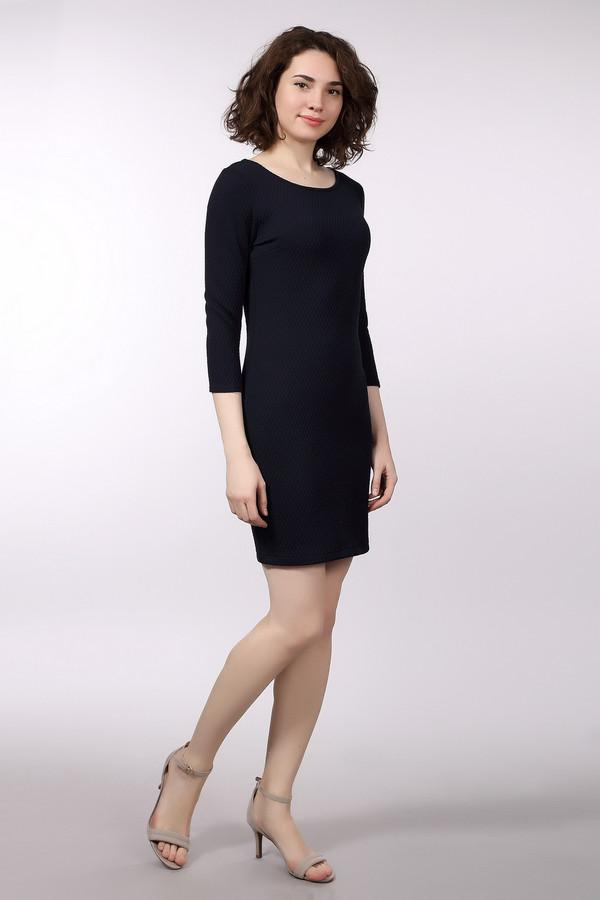 Платье Tom TailorПлатья<br><br><br>Размер RU: 38-40<br>Пол: Женский<br>Возраст: Взрослый<br>Материал: эластан 2%, вискоза 15%, полиэстер 83%<br>Цвет: Синий