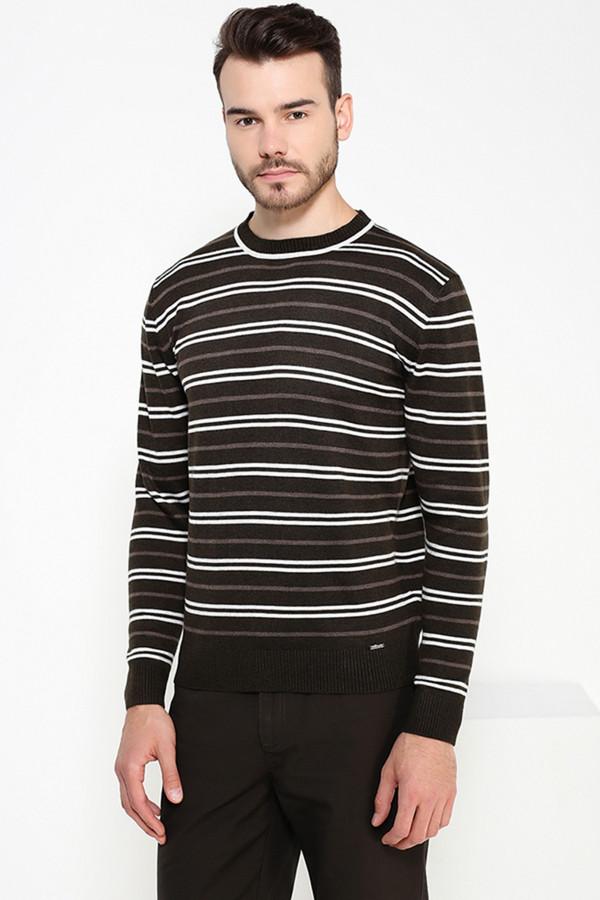Джемпер FINN FLAREДжемперы и Пуловеры<br><br><br>Размер RU: 56<br>Пол: Мужской<br>Возраст: Взрослый<br>Материал: полиэстер 20%, нейлон 20%, шерсть 5%, акрил 55%<br>Цвет: Разноцветный