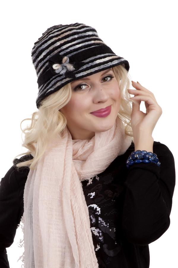 Шляпа WegenerШляпы<br>Черная шляпа с полями Wegener классического черного цвета. Изделие дополнено горизонтальными полосками и романтическим бантиком. Без подкладки.<br><br>Размер RU: один размер<br>Пол: Женский<br>Возраст: Взрослый<br>Материал: шерсть 100%<br>Цвет: Разноцветный