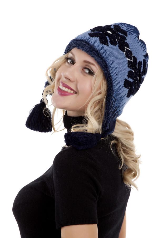 Шапка WegenerШапки<br>Синяя оригинальная шапка Wegener с контрастным вязанным рисунком. Изделие дополнено удлиненными боковинами с кисточками. Подкладка из искусственного меха.<br><br>Размер RU: один размер<br>Пол: Женский<br>Возраст: Взрослый<br>Материал: шерсть 30%, полиамид 70%<br>Цвет: Разноцветный