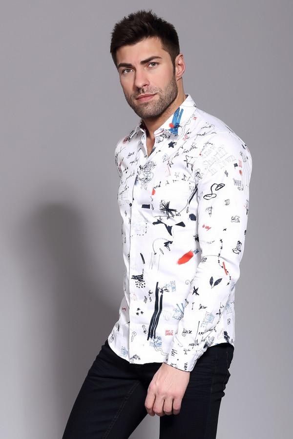 Рубашка Boss OrangeРубашки и сорочки<br>Рубашка мужская белого цвета фирмы Boss Orange. Модель выполнена приталенным фасоном. Изделие дополнено откладным воротом на стойке, длинными, втачными рукавами с манжетами на пуговицу, застежка на пуговицы, задними вытачками. Подшита рубашка полукругом. Ткань имеет принт. Гармонировать можно с различными брюками.