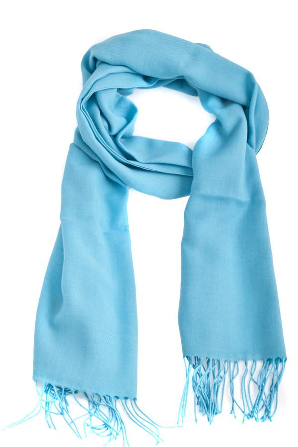 Шарф PassigattiШарфы<br>Однотонный шарф Passigatti голубово цвета. Изделие дополнено бахромой на концах.<br><br>Размер RU: один размер<br>Пол: Женский<br>Возраст: Взрослый<br>Материал: полиэстер 65%, вискоза 35%<br>Цвет: Голубой