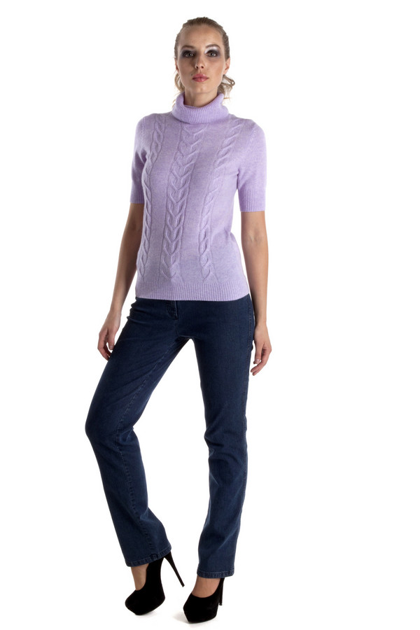 Классические джинсы MicheleКлассические джинсы<br>Прямые джинсы Michele синего цвета. Джинсы сшиты согласно классическому покрою, но слегка удлиненные, а потому отлично смотрятся даже с обувью на высоком каблуке. На задних карманах есть необычная вышивка, но в целом джинсы выглядят вполне просто и приемлемо даже для работы в офисе. Благодаря своей простоте эти джинсы отлично подходят женщинам любого возраста.<br><br>Размер RU: 44<br>Пол: Женский<br>Возраст: Взрослый<br>Материал: эластан 2%, полиэстер 20%, хлопок 78%<br>Цвет: Синий