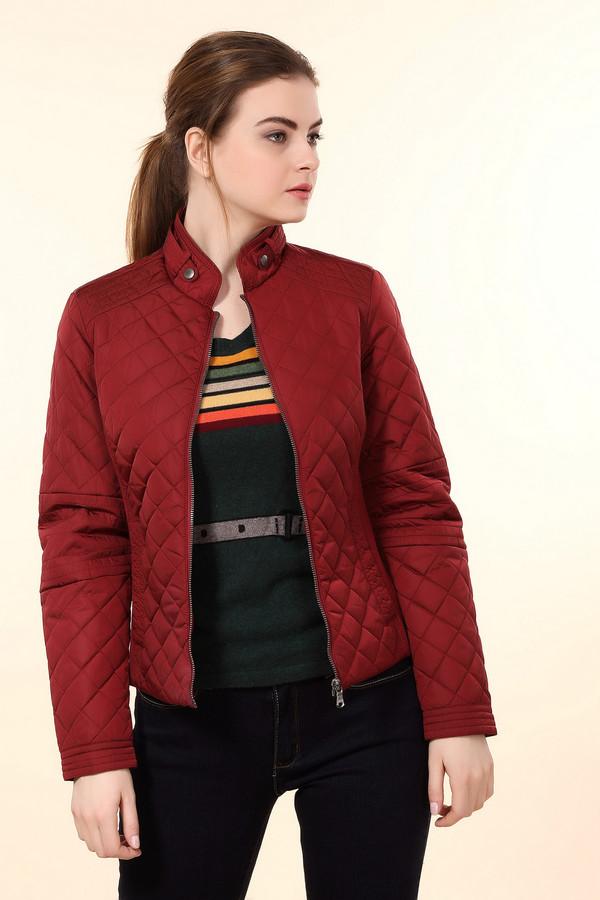Куртка LerrosКуртки<br>Стеганая куртка Lerros представлена в двух цветах, насыщенный синий и терпкое бордо. Модель дополнена воротником стойкой с ремешком на кнопках, двумя боковыми карманами с застежкой - кнопка и трикотажными вставками по бокам изделия. Куртка застегивается на центральную молнию. Внизу рукава с обеих сторон расположены застежки-кнопки позволяющие менять размер манжет. Удачная расцветка изделия сочетается практически с любыми цветами. Куртка безупречно будет смотреться с брюками марки  Gardeur .<br><br>Размер RU: 40<br>Пол: Женский<br>Возраст: Взрослый<br>Материал: нейлон 100%<br>Цвет: Бордовый