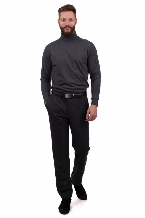 Классические брюки GardeurКлассические брюки<br>Темно-серые брюки в мелкую клетку от бренда Gardeur прямого кроя выполнены из шерстяного материала. Изделие дополнено: шлевками для ремня, двумя боковыми карманами и двумя прорезными карманами с пуговицами сзади. Центральная часть застегивается на молнию и фиксируется на пуговицу.<br><br>Размер RU: 56К<br>Пол: Мужской<br>Возраст: Взрослый<br>Материал: шерсть 100%<br>Цвет: Разноцветный