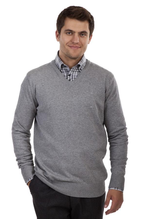 Джемпер Tom TailorДжемперы<br>Однотонный мужской джемпер от бренда Tom Tailor прямого кроя выполнен из трикотажа светло-серого цвета. Изделие дополнено: v-образным вырезом и длинными рукавами. Ворот, манжеты и нижний кант оформлены вязанной эластичной резинкой.<br><br>Размер RU: 44-46<br>Пол: Мужской<br>Возраст: Взрослый<br>Материал: хлопок 100%<br>Цвет: Серый