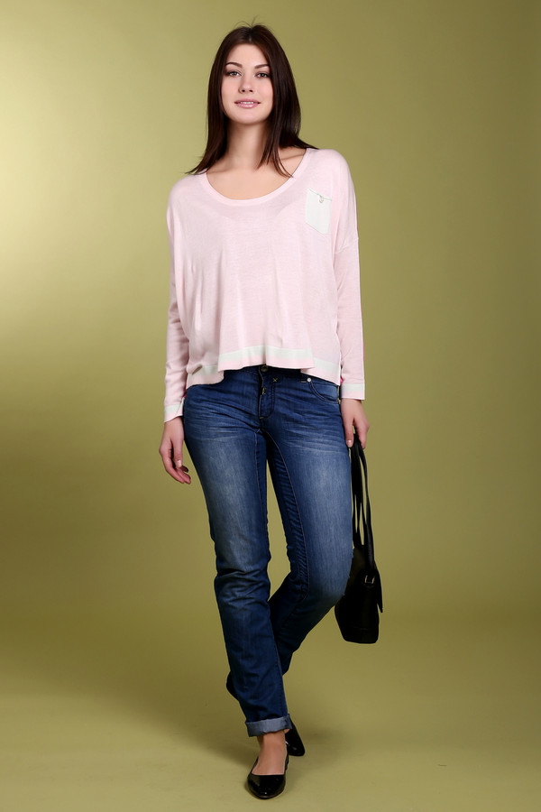 Классические джинсы Time ZoneКлассические джинсы<br><br><br>Размер RU: 46(L34)<br>Пол: Женский<br>Возраст: Взрослый<br>Материал: хлопок 60%, полиэстер 40%<br>Цвет: Синий