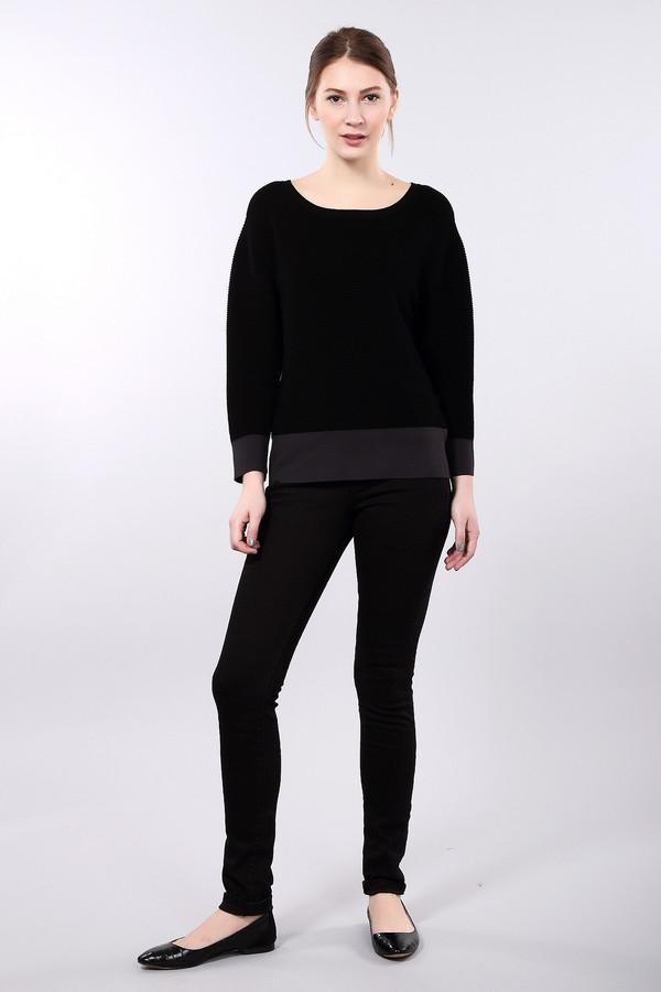 Классические джинсы Tom TailorКлассические джинсы<br>Облегающие джинсы бренда Tom Tailor представлены в черном цвете. Изделие дополнено: пятью стандартными карманами, шлевками для ремня и застежкой-молния с пуговицей.<br><br>Размер RU: 42(L32)<br>Пол: Женский<br>Возраст: Взрослый<br>Материал: хлопок 98%, эластан 2%<br>Цвет: Чёрный