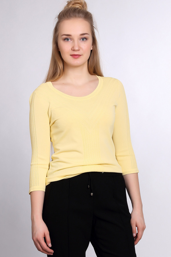 Пуловер PezzoПуловеры<br><br><br>Размер RU: 54<br>Пол: Женский<br>Возраст: Взрослый<br>Материал: нейлон 37%, район 63%<br>Цвет: Жёлтый