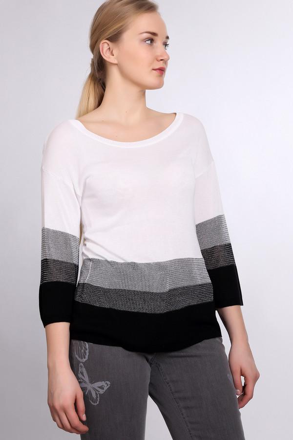 Пуловер PezzoПуловеры<br><br><br>Размер RU: 54<br>Пол: Женский<br>Возраст: Взрослый<br>Материал: вискоза 100%<br>Цвет: Чёрный