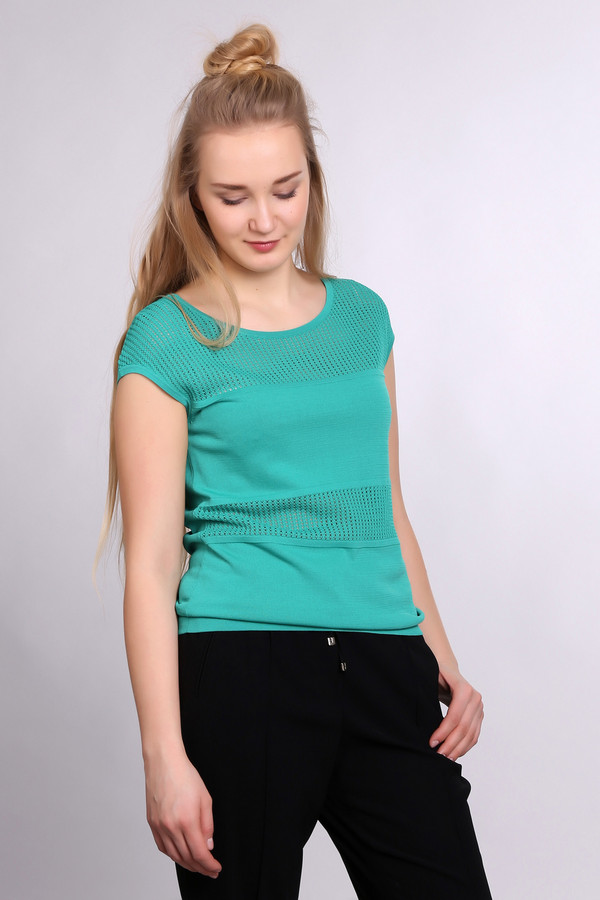Пуловер PezzoПуловеры<br><br><br>Размер RU: 50<br>Пол: Женский<br>Возраст: Взрослый<br>Материал: нейлон 37%, район 63%<br>Цвет: Зелёный