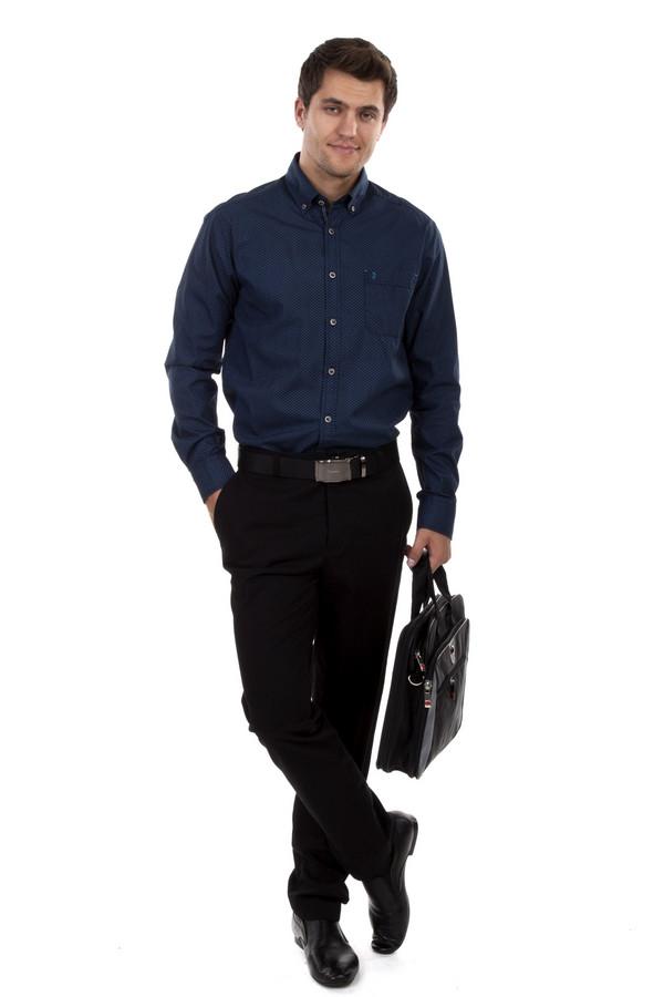 Классические брюки Just ValeriКлассические брюки<br>Мужские брюки Just Valeri черного цвета. Модель дополнена четырьмя карманами и шлевками для ремня. Изделие застегивается на молнию и фиксируется на пуговицу.<br><br>Размер RU: 48<br>Пол: Мужской<br>Возраст: Взрослый<br>Материал: хлопок 98%, эластан 1%<br>Цвет: Чёрный