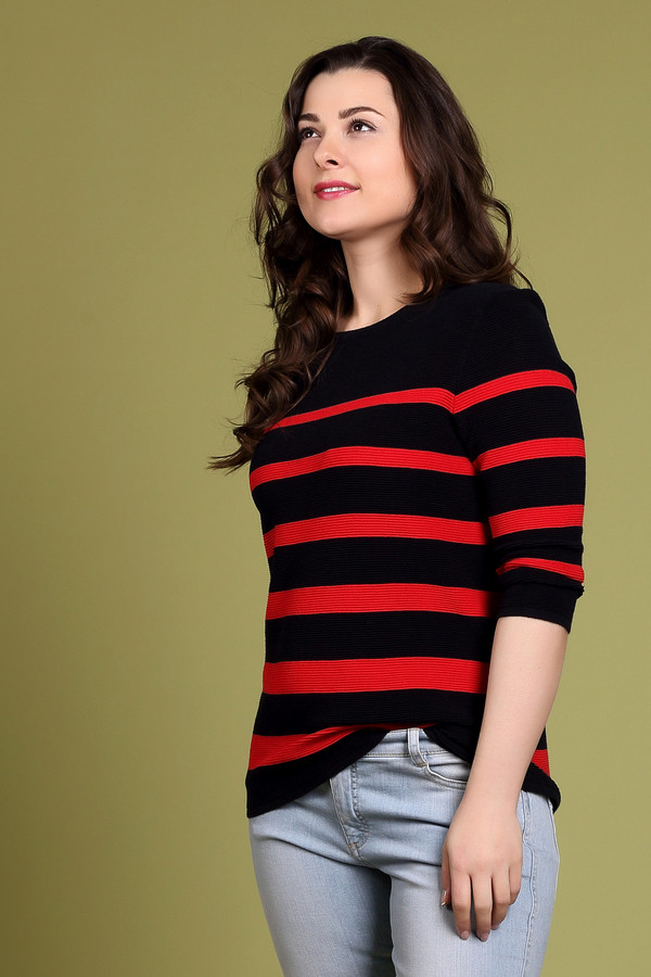 Пуловер Gerry WeberПуловеры<br><br><br>Размер RU: 46<br>Пол: Женский<br>Возраст: Взрослый<br>Материал: вискоза 60%, хлопок 40%<br>Цвет: Красный