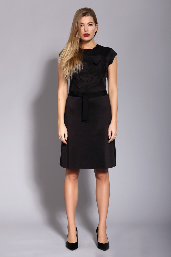 Платье Just ValeriПлатья<br><br><br>Размер RU: 40<br>Пол: Женский<br>Возраст: Взрослый<br>Материал: полиэстер 50%, вискоза 46%, спандекс 4%<br>Цвет: Чёрный