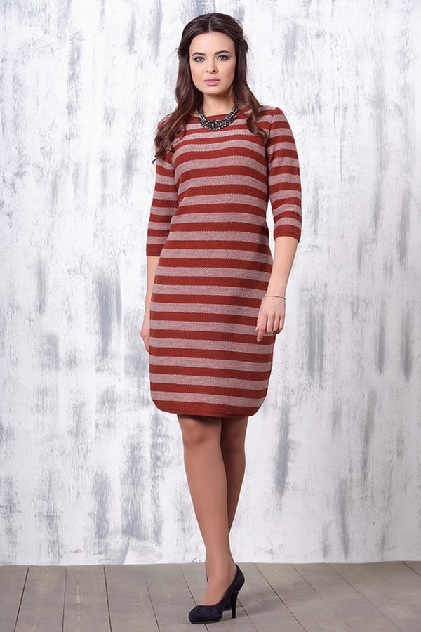 Платье VAYПлатья<br><br><br>Размер RU: 50<br>Пол: Женский<br>Возраст: Взрослый<br>Материал: шерсть 50%, пан 50%<br>Цвет: Розовый