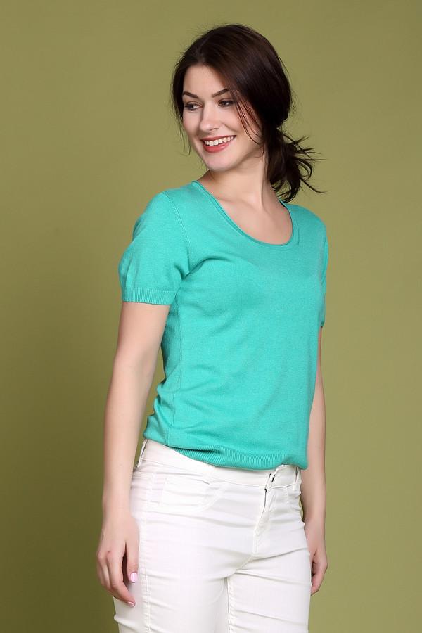 Пуловер PezzoПуловеры<br><br><br>Размер RU: 52<br>Пол: Женский<br>Возраст: Взрослый<br>Материал: полиамид 19%, вискоза 81%<br>Цвет: Зелёный