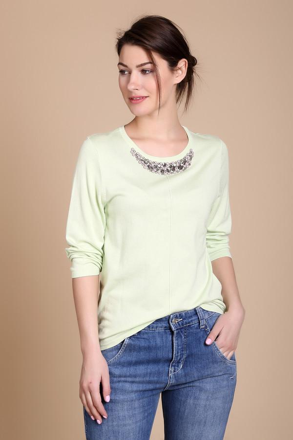 Пуловер PezzoПуловеры<br><br><br>Размер RU: 46<br>Пол: Женский<br>Возраст: Взрослый<br>Материал: полиамид 19%, вискоза 81%<br>Цвет: Зелёный